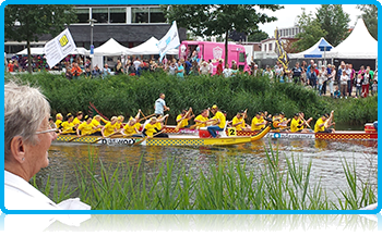 Apeldoorn Dragon Boat Festival attracts more than 100 thousand visitors to watch the boat races and listen to the live music.