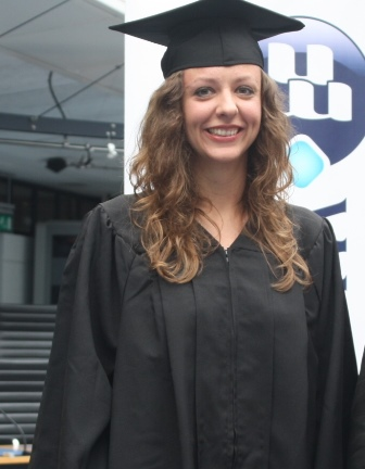 Iryna Bernatska, a Ukranian student who already holds a Master Degree in International Relations, received a diploma for completing Wittenborg's Foundation Phase to improve her English. She will now do another Master degree in Marketing and Communication at the University of Groningen.