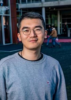 Chinese Student Survives Isolation in Deventer Thanks to Kindness of Others