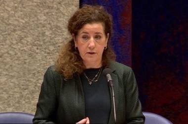 Minister: Private Dutch HE Institutions not Obliged to Justify Use of English