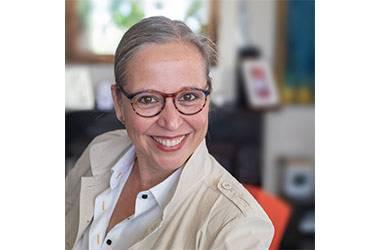 Dr Nicolet Theunissen
