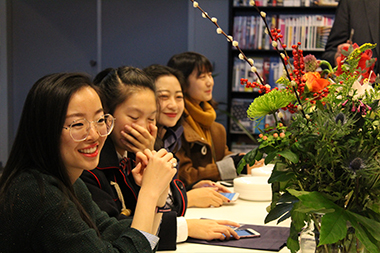 Shanghai Students all Smiles and Compliments after Week at Wittenborg